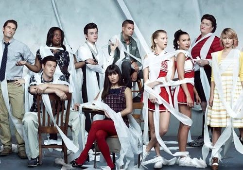 Don't Miss A HUGE Glee Song Spoiler..!
