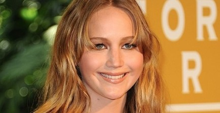 Jennifer Lawrence from the Hunger Games is apparently into other fandoms!