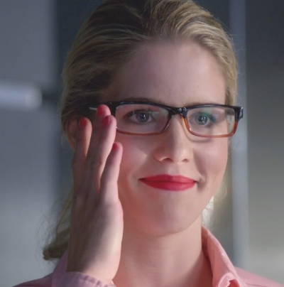 More Felicity Smoak For Arrow Season Two!