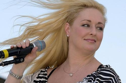 Country Singer Mindy McCready's Life Ends In Tragedy