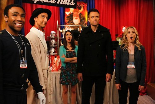 'Community' Hits An Inspector Spacetime Convention!