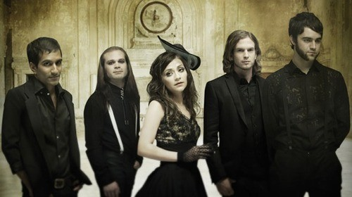 Flyleaf Back On Tour With Drowning Pool!