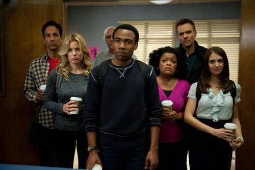 """Community"" Review: The Study Group Goes to War!"