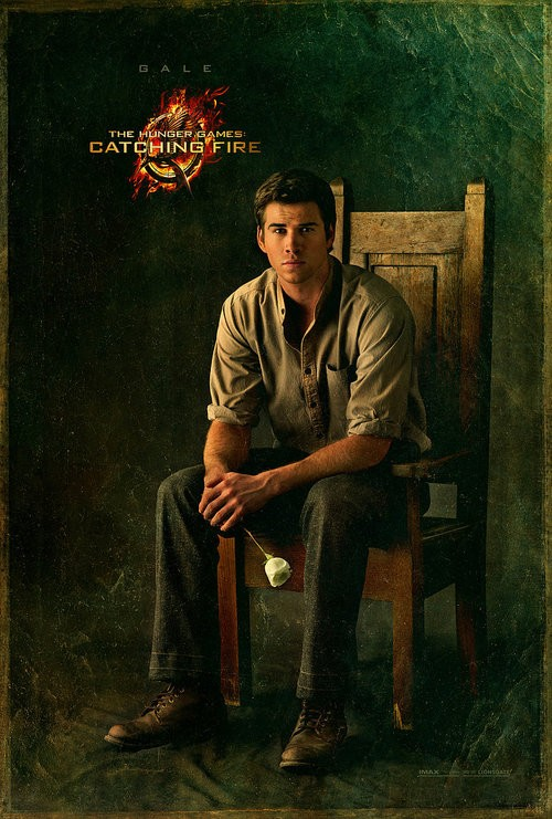 Gale and Peeta Smolder in their Capitol Portraits For Catching Fire!