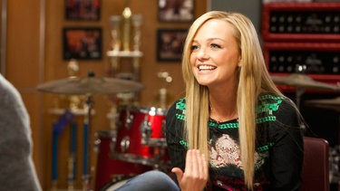 Emma Bunton Adds a Little Spice to Glee's Guilty Pleasures!