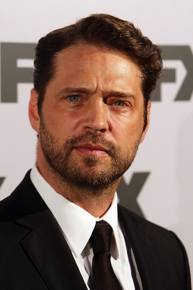 Jason Priestley Heads Back to Grace Canadian Stage!