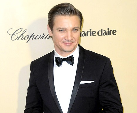 Hollywood Baby Boom: Jeremy Renner Welcomes First Baby!