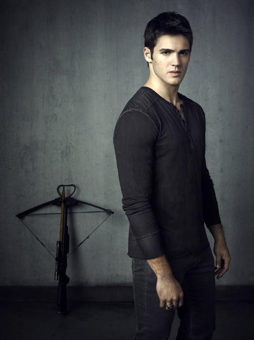 Vampire Diaries Character To Return!