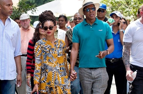 Beyonce and Jay-Z Cause A Stir During Cuban Anniversary Visit!