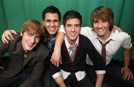 Big Time Rush Sits Down For a Chat