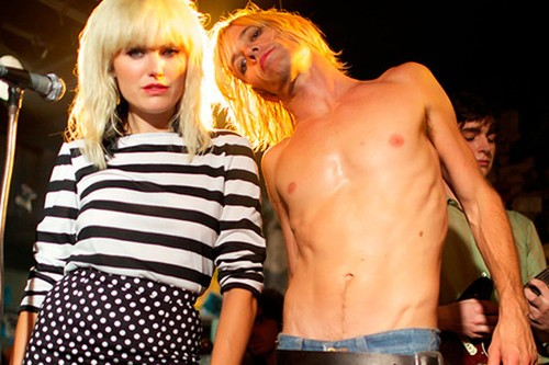 Foo Fighter's Taylor Hawkins Gives His Best Iggy Look In New CBGB Pics!