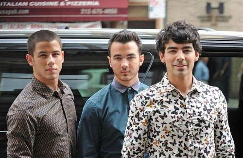 Jonas Brothers Hint Towards Another Concert Film!