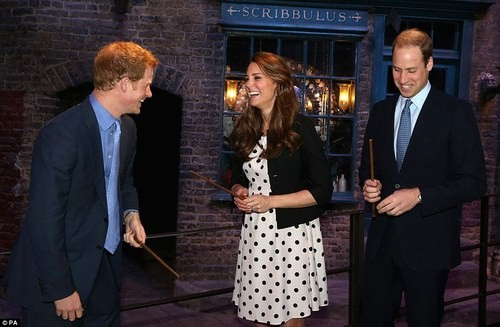 The Royals Get Magical At The Harry Potter Studio!