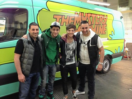 One Direction Has Its Own Mystery Machine For A Tour Bus!