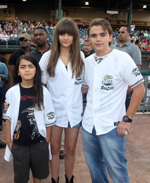Michael Jackson's Children Might Actually Be Mark Lester's!