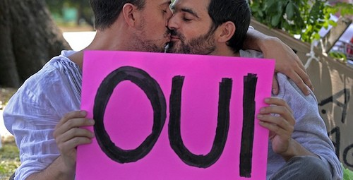 Viva La France: France Officially Legalizes Gay Marriage!