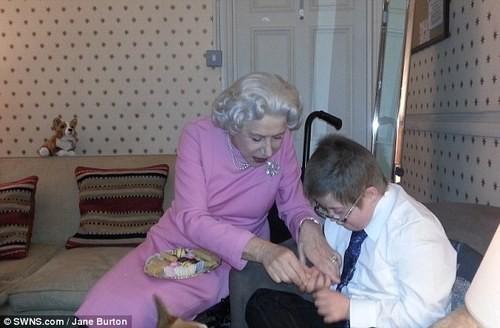 Helen Mirren Grants a Terminally Ill Patient's Wish!