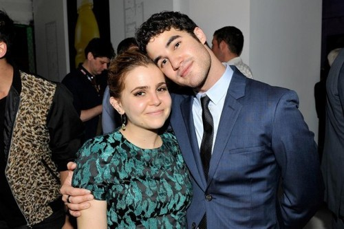 Glee's Darren Criss to Guest Star With Mae Whitman On Web Therapy!