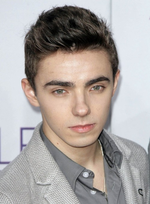 Nathan Sykes Still Has Vocal Issues Post Surgery