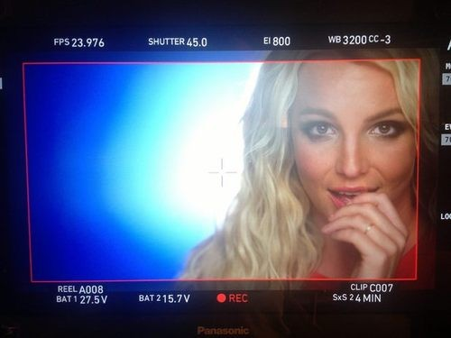 Britney Spears Takes fans Behind the Scenes of 'Ooh La La'!