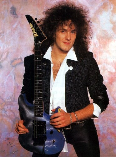 Vivian Campbell of Def Leppard Is Diagnosed with Cancer!