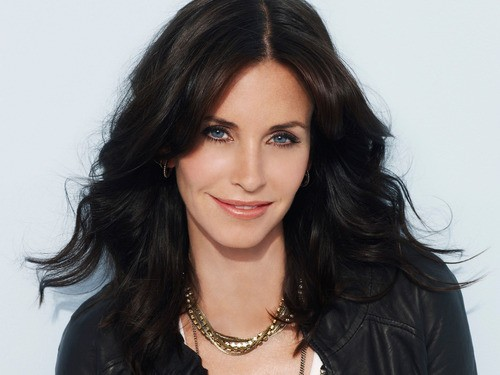 Courtney Cox to Make Her Directorial Debut!