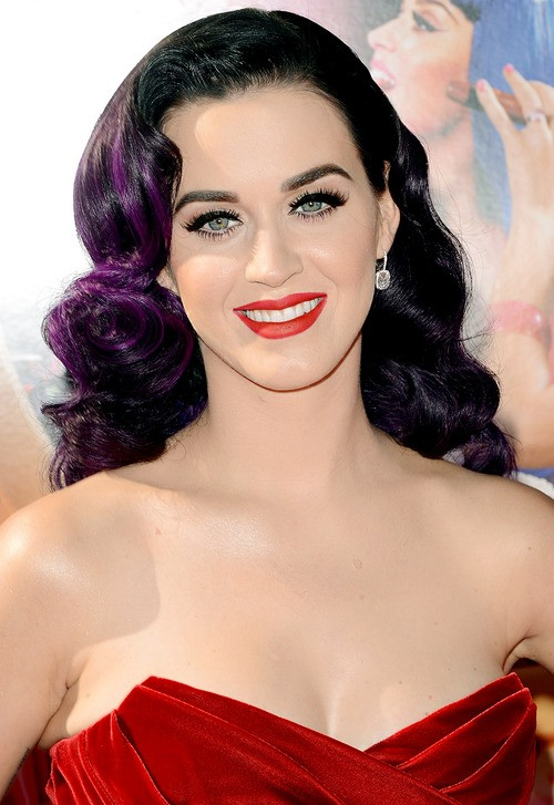 Katy Perry Discusses The Details Of How Her Marriage Ended