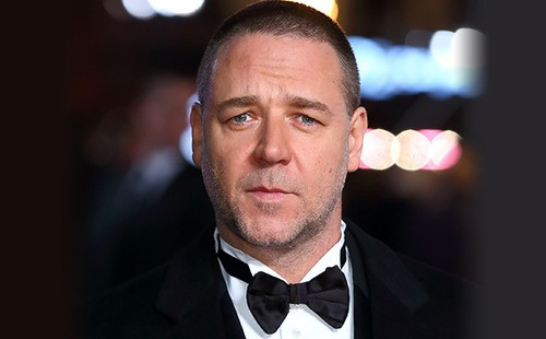 Russell Crowe to Make Directorial Debut