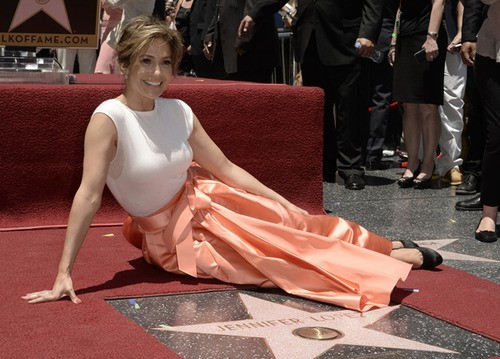 J-Lo Snags The 2,500th Star On The Hollywood Walk of Fame!