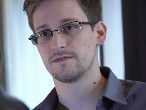 Edward Snowden Receives Support From Celebrities!