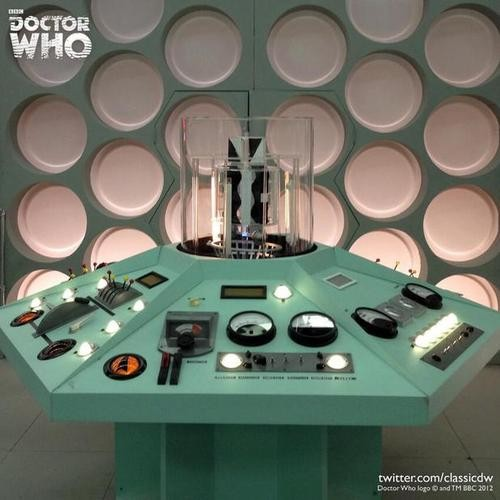 First Doctor's TARDIS To Appear At Paris Comic-Con!