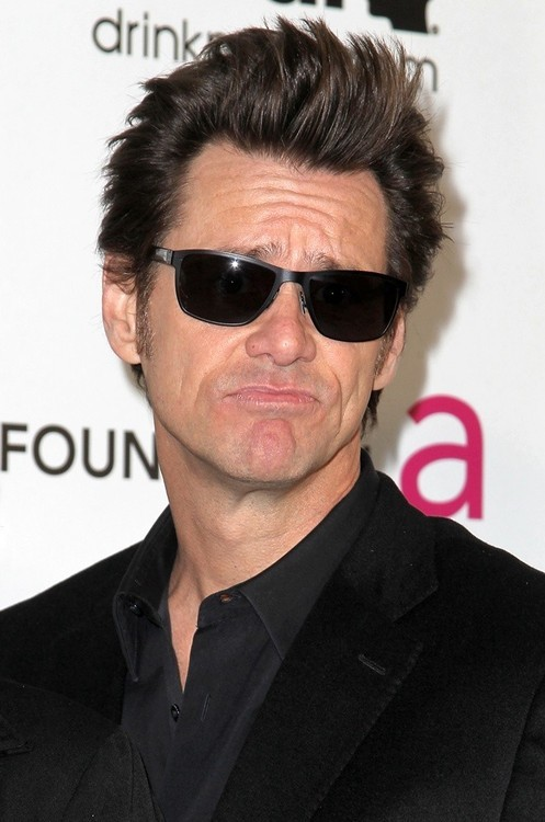 Jim Carrey Issues Twitter Apology To Assault Rifle Defenders!