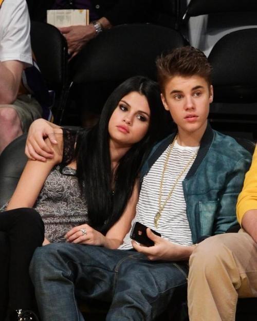 Oh Selena! Selena Gomez Takes Back Justin Bieber