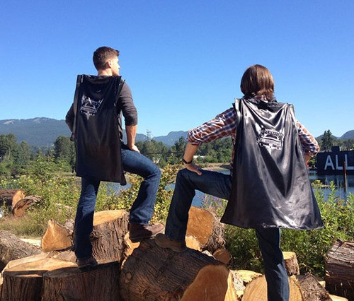 Jared Padalecki And Jensen Ackles Model Their Comic Con Swag