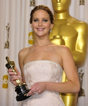 Jennifer Lawrence's Oscar Stays In Kentucky With Her Family
