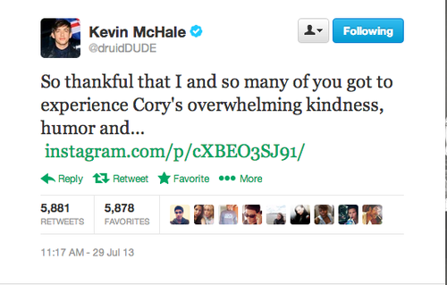 Kevin McHale Remembers Glee's Cory Monteith In Recent Photo