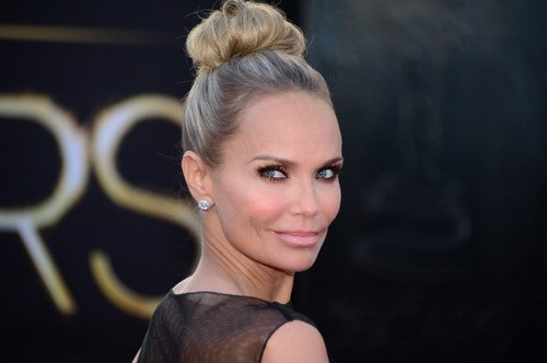 Kristen Chenoweth Has Some Advice For Anthony Weiner