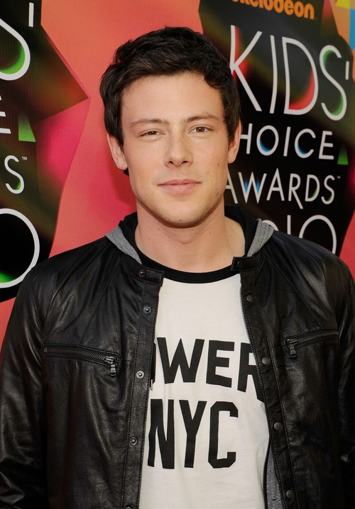 Breaking: Glee Releases A Video Memorial Card For Cory Monteith