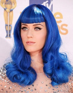 Katy Perry Burns Her Blue Wig To Prove Her Maturity