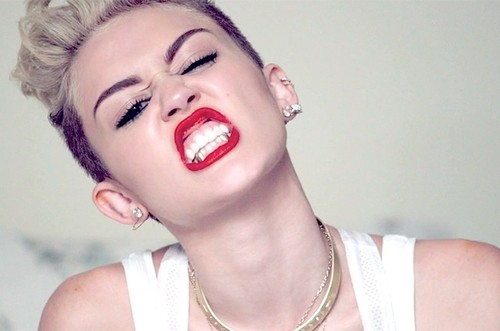 BANGERZ - Miley Tells The World The Title Of Her New Album