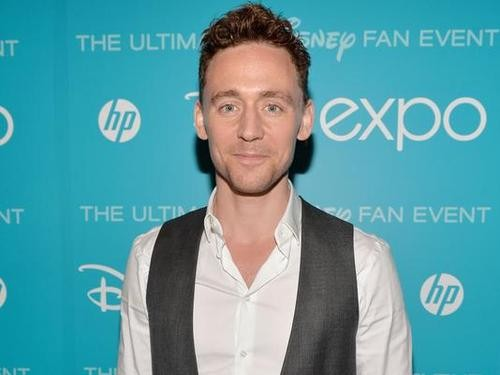 Thor's Tom Hiddleston Shows Off His