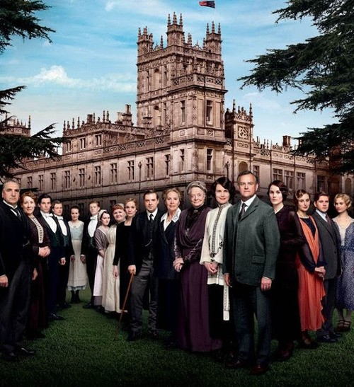 Downton Abbey Debuts A Cast Photo That Lacks Some Familiar Faces