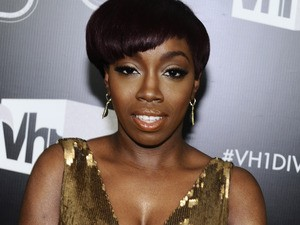 Singer Estelle Leaves Record Label