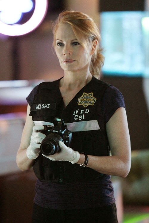 Catherine Willows Heads Back To The CSI Crime Lab