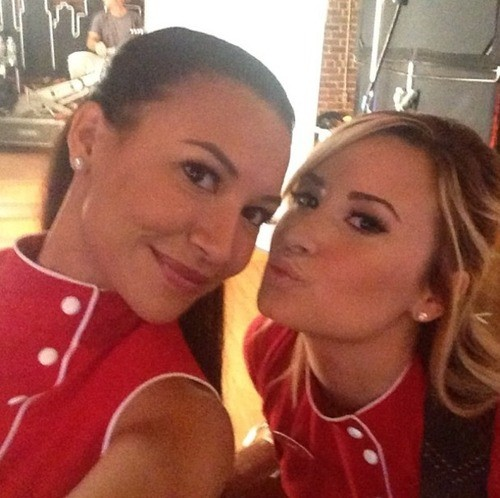 Dantana? Sani? Demi Lovato And Naya Rivera Getting Glee-ful On Set