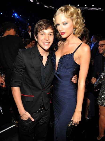 Austin Mahone Gushes About Tour Mate Taylor Swift