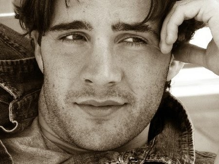 Ariel Has Found Her Prince: Gil McKinney Cast in Once Upon A Time