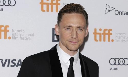 Tom Hiddleston Heads To Crimson Peak As Cumberbatch's Replacement