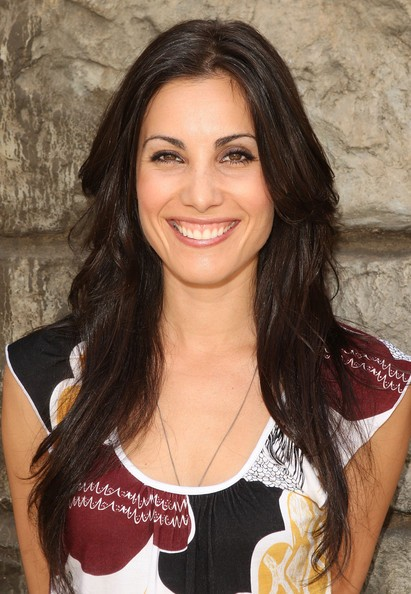 Carly Pope Returns To Television In The Tomorrow People