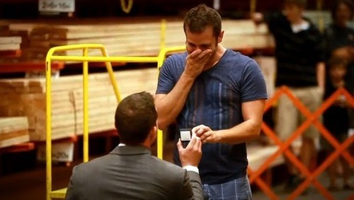 Utah Man Proposes To His Partner In Home Depot